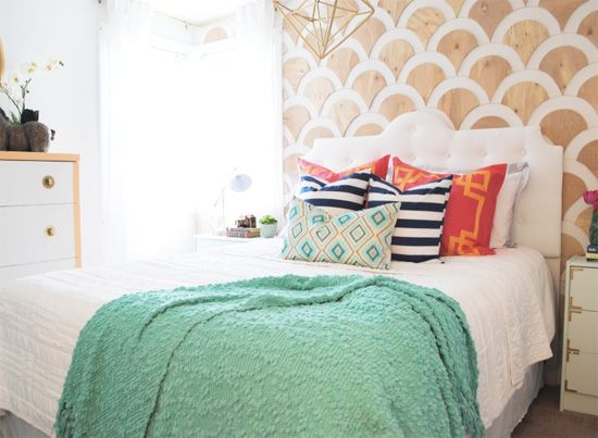 Scalloped plywood wall: Now, this idea will definitely require a little more time…but if you have the patience for it, the end result is pretty amazing! The scallops were cut out of plywood panels with a jigsaw.