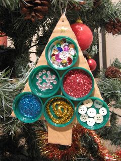 recycling plastic: bottle top christmas tree tutorial - crafts ideas - crafts for kids