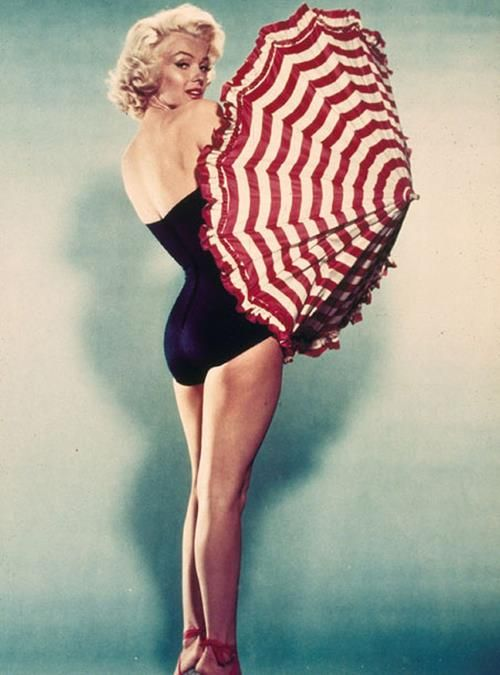 marilyn monroe#umbrella | rockabilly/rock n roll | Pinterest
