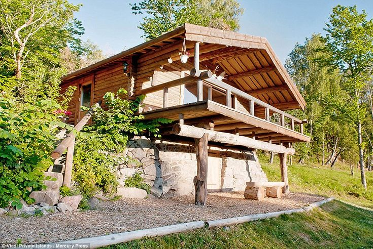 Log cabin: The hunting lodge offers another space away from the main house for times you want to be alone