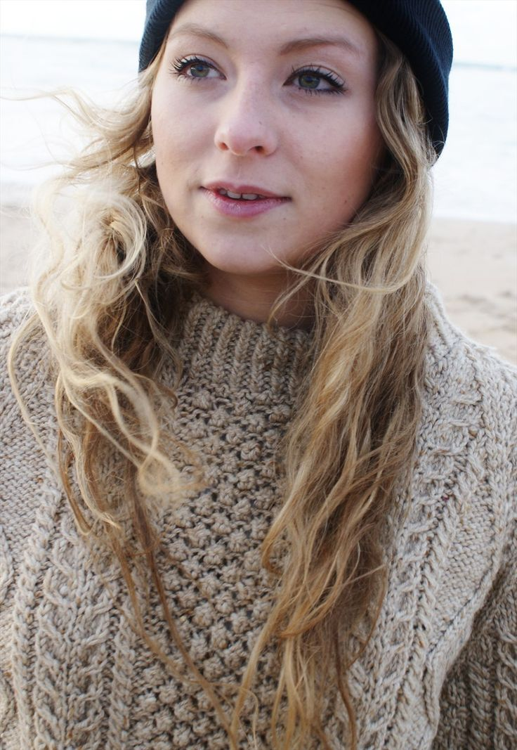 Vintage Aran Cable Cream knitted Jumper