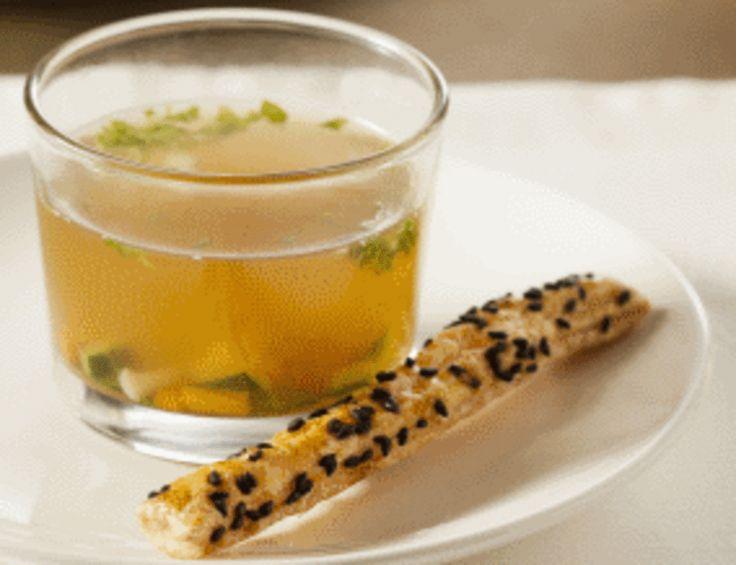 Zelf soepstengels maken van bladerdeeg? Bekijk hier een lekker recept.