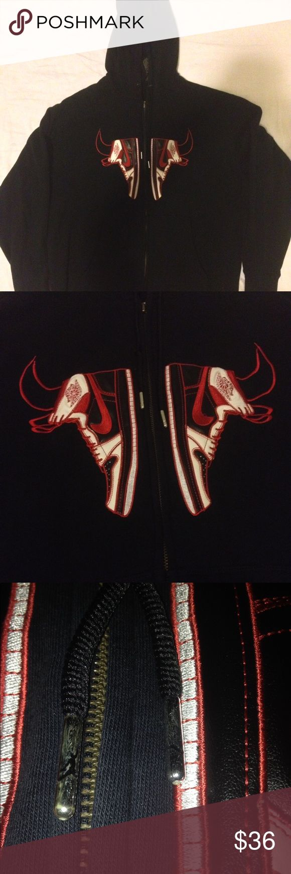 Jordan Bulls Hoodie Excellent Condition • XL • Jordan Shirts Sweatshirts & Hoodies