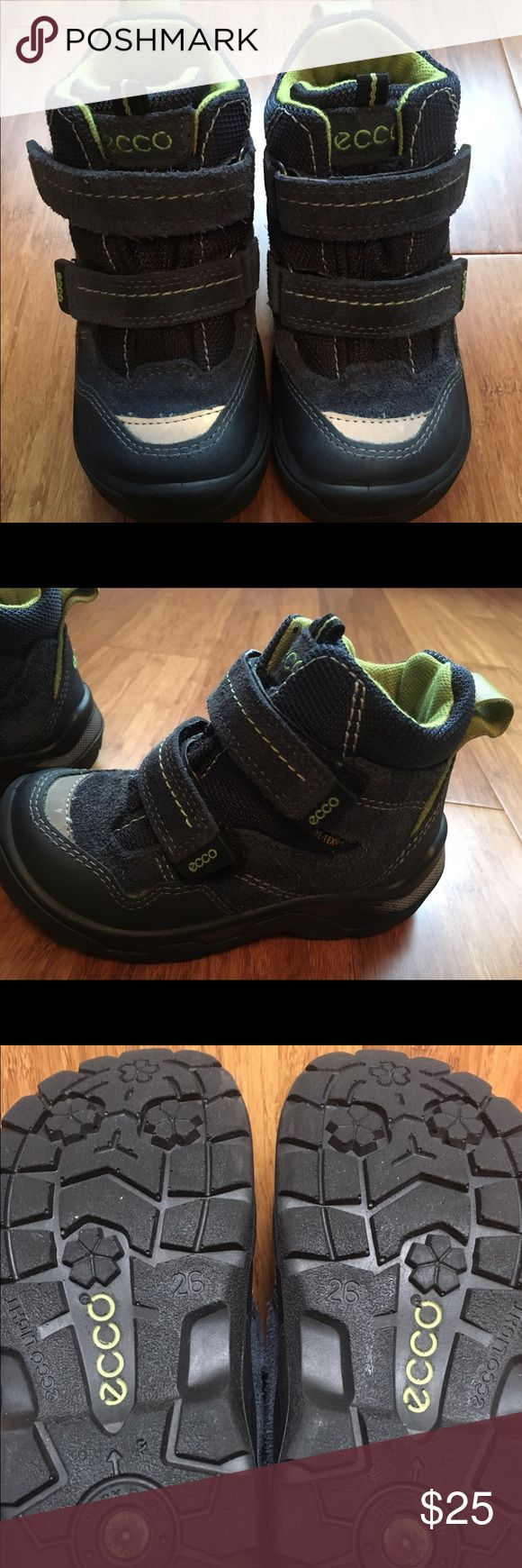 Ecco Gor-Tex toddler winter boots size 26 = US 9 Gortex warm, Waterproof, super light, adjustable velcro closure. The best winter boots ever! Your child will never complain wearing them! Ecco Shoes Rain & Snow Boots