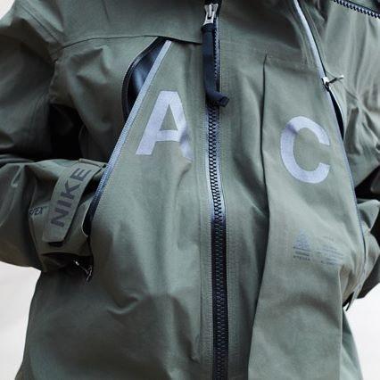 NIKELAB ACG ALPINE JACKET Cargo Khaki