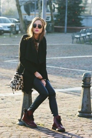 Jeans skinny e Dr Martens bordeaux