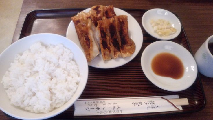 神保町 スヰートポーヅ 餃子定食
