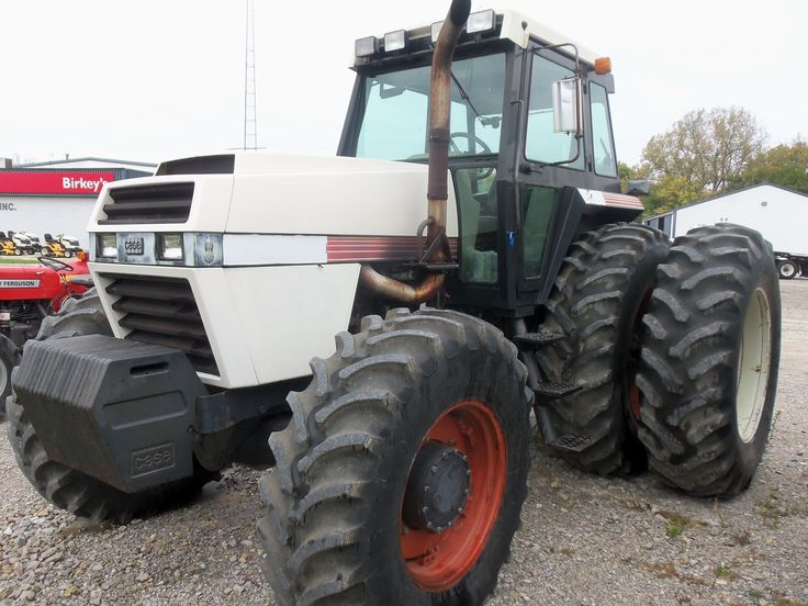 Case Tractors Four Wheel Drive : Case four wheel drive tractor similar in size to