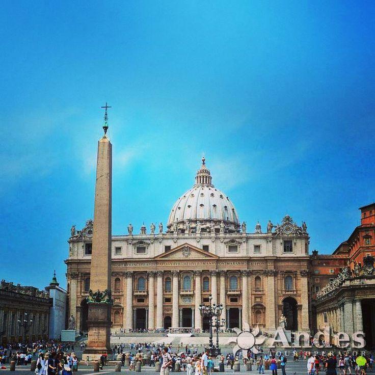 Basílica de São Pedro no #Vaticano, simplesmente maravilhoso! 😃 ⛪ #saopedro #basilicasapietro #basilica  #roma #TurismoReligioso#turismo #AndesTur #AndesPorAí#bestdiscovery #tourism #traveler#travelgram #traveling #travelingram #tur#turismo