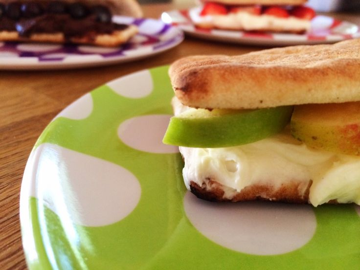Flat Bread Healthy S'Mores - Apple & Cream Cheese
