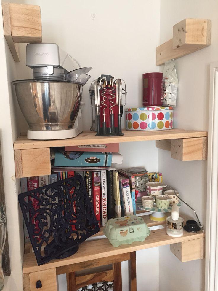 Kitchen shelfs