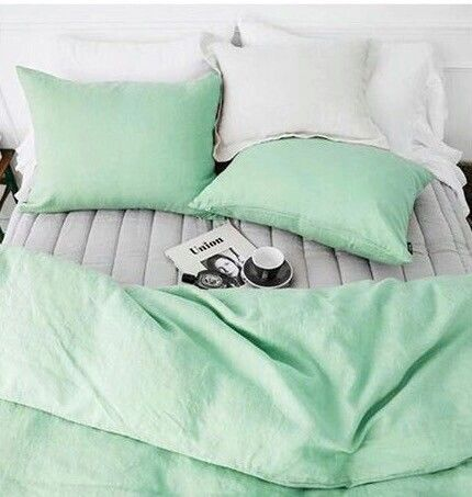 Mint green bedlinen