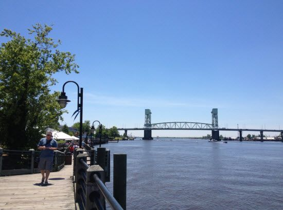 Top Five Must See 'One Tree Hill' & 'Dawson's Creek' filming locations in Wilmington, NC. I'm planning on going to them all.