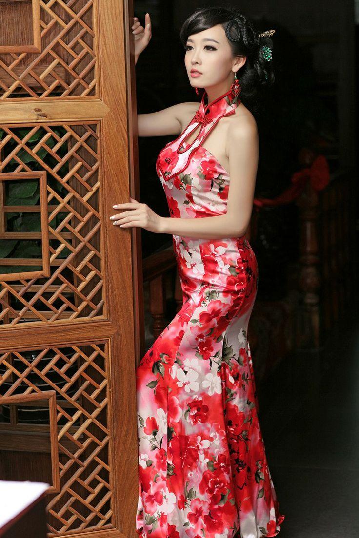 Ok wedding gallery the beauty dress of cheongsam 2013 - Resplendent Modern Half Back Long Cheongsam Dress 4 Http Www 9fuda