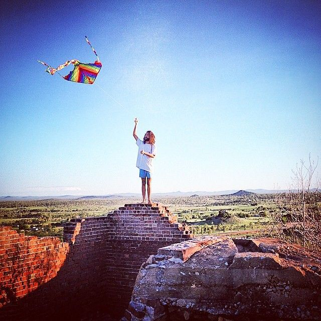 When was the last time you went kite flying? Love this photo by @luke_thomas_music in Charters Towers near @townsvillenorthqueensland
