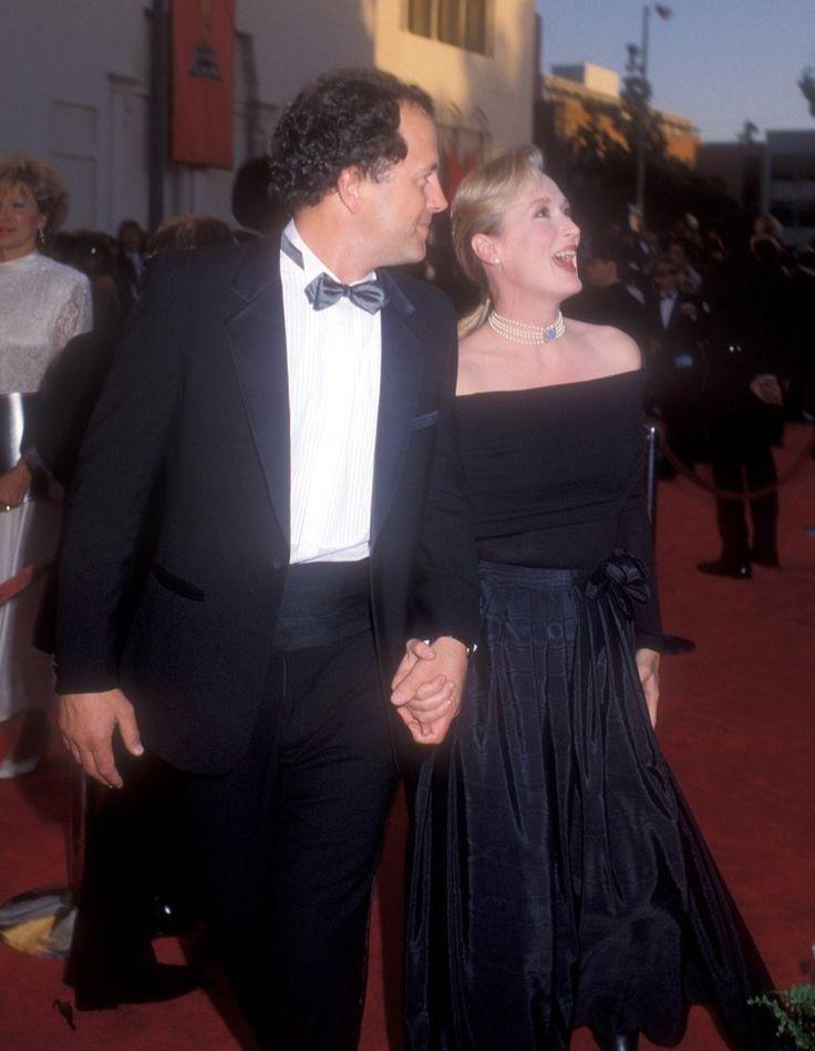 Meryl Streep was all smiles alongside her husband Don Gummer at the 1989 Oscars.