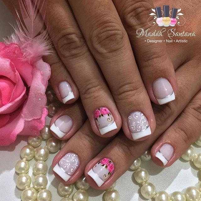 Nails #linda #francesinha #botaozinhos #naoéadesivo #tudofeitoamaolivre #madahsantana #manicure #nailart #amooquefaco ❤️💅🏼😍👌🏼👏🏼