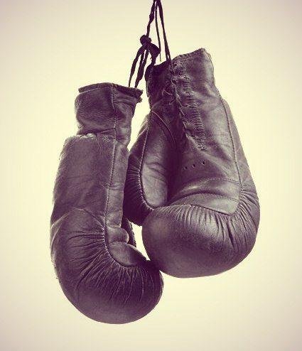 О том, чтобы купить боксерские перчатки, 800 лет назад и не мечтали