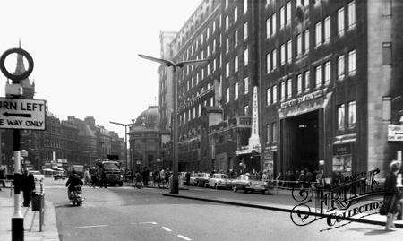 Old photo of City Square c1965, Leeds