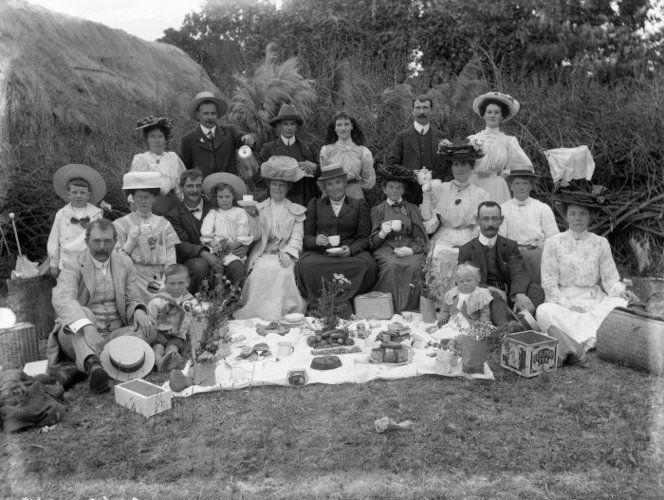 Group at a picnic 1910c