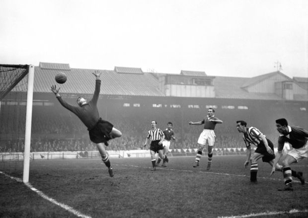 Alan Hodgkinson in action for Sheffield United #sufc #blades #football