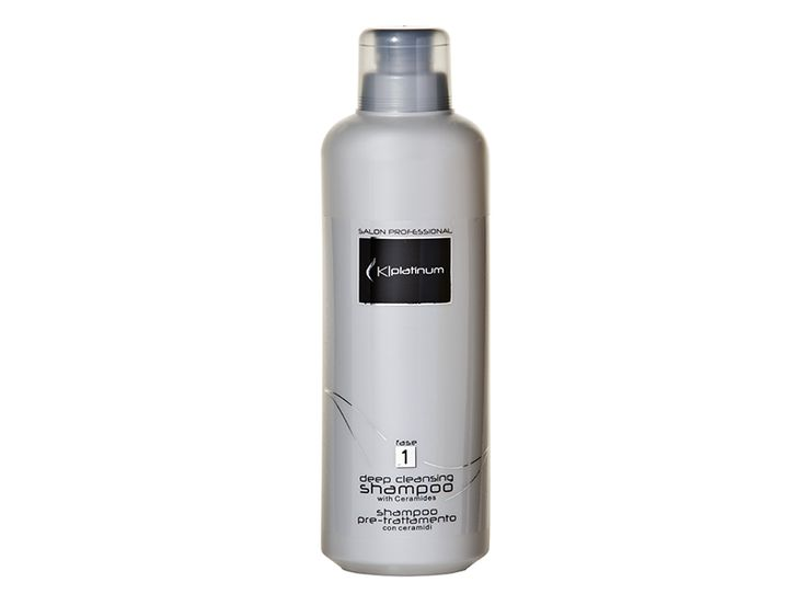 Kplatinum Deep Cleansing Shampoo - It's an alkaline shampoo specifically formulated to prepare the hair to Kplatinum treatments. Removes impurities and facilitates the hair to absorb Keratin in order to make your hair soft and smooth.