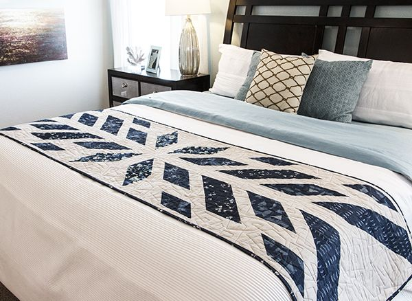 Update your bedroom décor with a quick-change bed runner! - Best 25+ Bed Runner Ideas On Pinterest Patchwork Table Runner