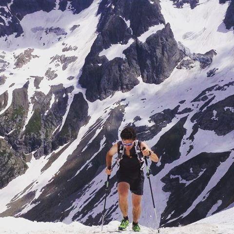 Subida al Mont Buet, Chamonix, Alpes Franceses. Probando material en todas las condiciones. We love this game.  #montbuet #chamonix #alpes #francia #franceses #test #material #trail #trailrunning #running #skyrunning #run #ultratrail #ultrarunner