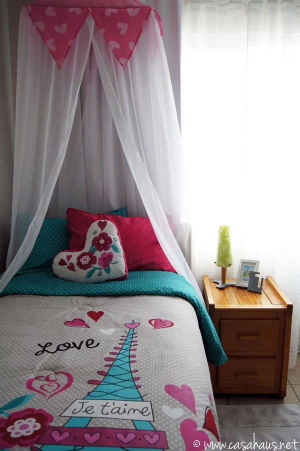French inspired tween girl's bedroom in aqua and pink / Habitación para chica adolescente con inspiración francesa // by @casahaus