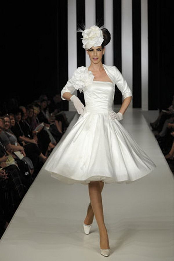 50s wedding theme ideas | themed wedding dress in the 50s4 - Decorarting and Design for Wedding ...