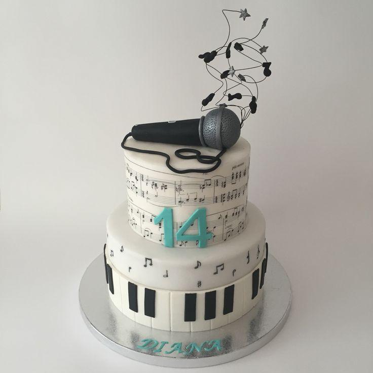 Torta musica microfono music microphone cake