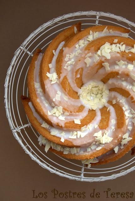 Los Postres de Teresa: Bundt Cake de Limón y Almendras o El Bizcocho Perfecto de Limón