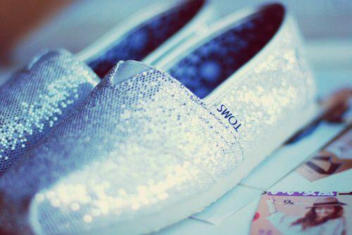Toms Simli Gümüş Renk