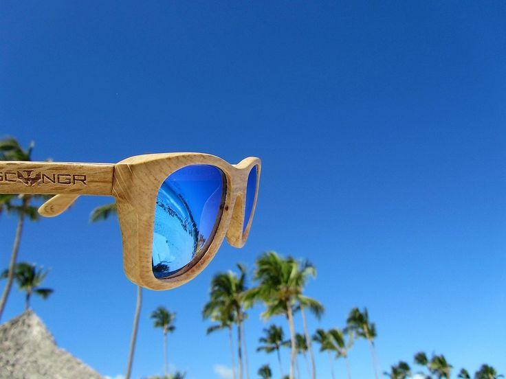 Gafas de Sol con montura de madera de la marca Mosca Negra Sunglasses.  Modelo OLD WOOD por 69€ pero si quieres un #cupón #descuento #oferta #compras #online usa el #código #oferta ***** RE20 ***** que es una #rebaja del 20% !!! Envío en 24 horas a toda España y Portugal. Pedidos en www.moscanegrasunglasses.com