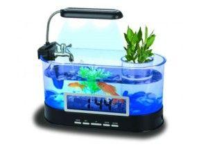 Awesome Gadgets For Your Room: Mini USB LCD Desktop Lamp Light Fish Tank Aquarium LED Clock