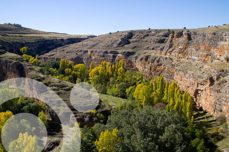 Autumn in Hoces del Duraton Natural Park. Find all the information to plan your trip to #Hoces_del_Duraton in www.qnatur.com