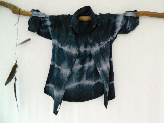 WAYFARER . men's tie dye shirt . XS X Small . by bohemianbabes