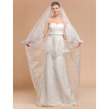 Gorgeous+One-tier+Chapel+Wedding+Veils+With+Lace+Applique/Finished+Edge+–+USD+$+77.59 like and good price