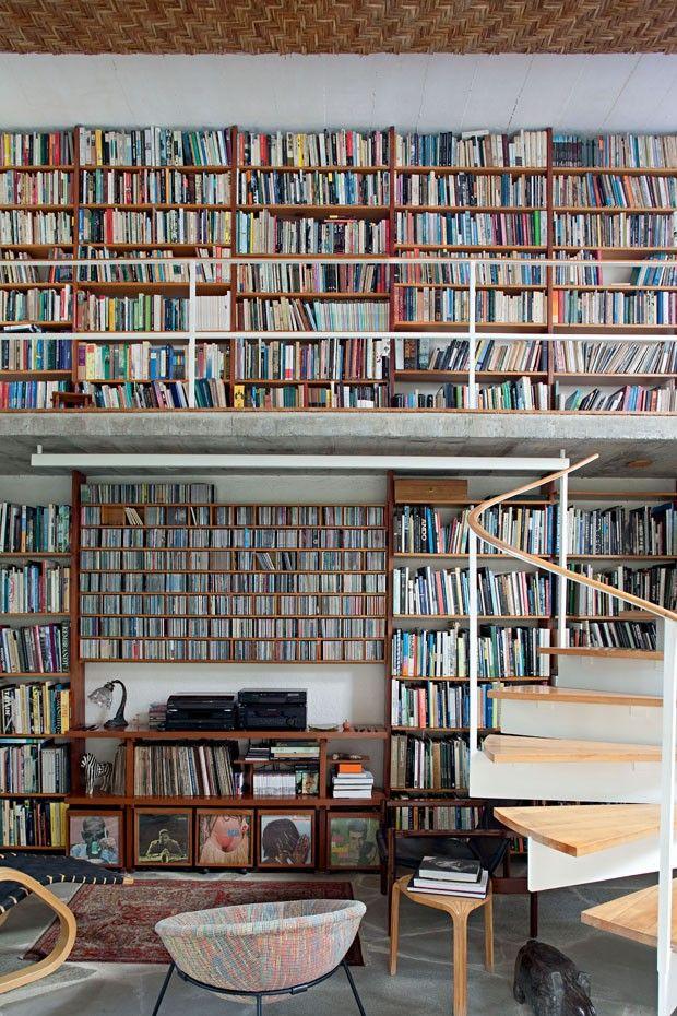 Estante livros (Foto: Fran Parente)