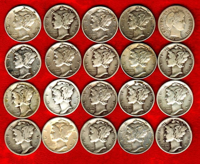 Verenigde Staten - één dubbeltje Mercury set met 20 munten 1907-1945. Zilver (20)  Estados Unidos-Set met 20 zilveren één dubbeltje munten geslagen tussen het jaar 1907 en 1945. De meeste van hen zijn het kwik-type behalve de oudste vanaf het jaar 1907.Alle munten zijn zilver. Ze hebben een gewicht van 250 g 900/1000 zilver en 18 mm in diameter.Zeer aantrekkelijke collection allemaal verschillende jaren: 1907 1935 1936 1937 (2) 1939 (2) 1940 1940-D (zeer mooi) 1941 1941-D 1941-S 1942 1942-S…