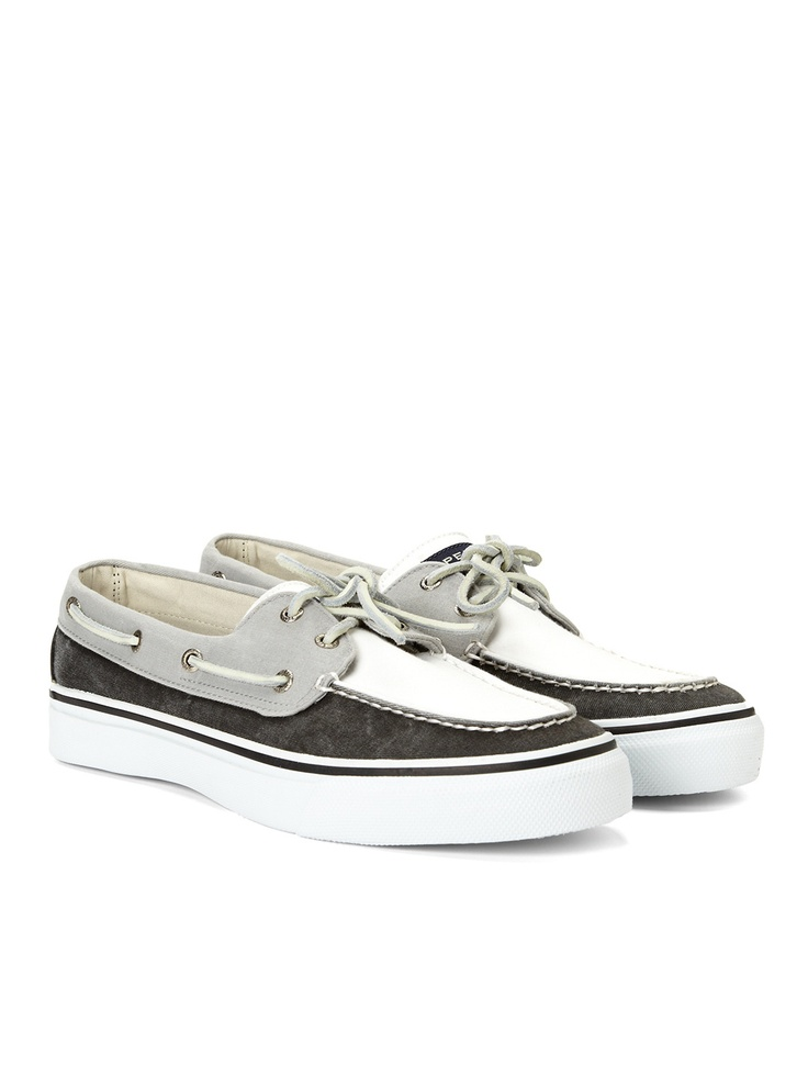 Tri-tone top siders.Running Shoes, Design Shoes, Boats Shoes, Shoese Boots, Boat Shoes, Sperrys Tops Sid, Shoes Boots, Shoes 60, Bahamas Boats