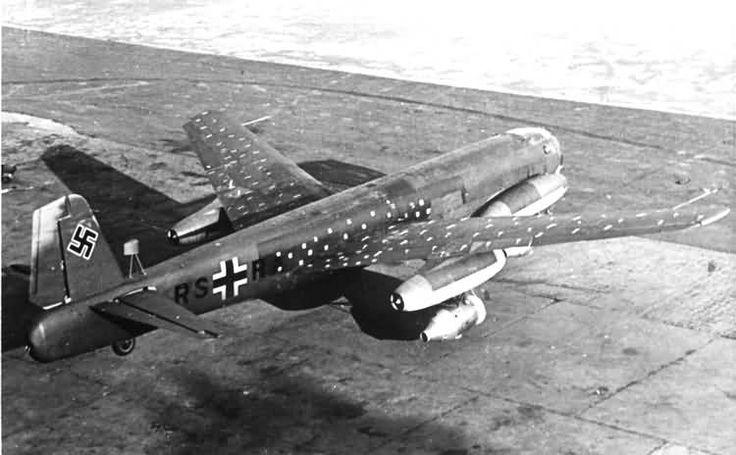 odd ww2 aircraft | WWII GERMAN REVERSE WING JET PROTOTYPE BOMBER - JUNKERS JU 287 V1 ...