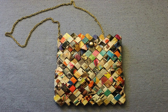 DIY: How to make a bag out of magazine pages
