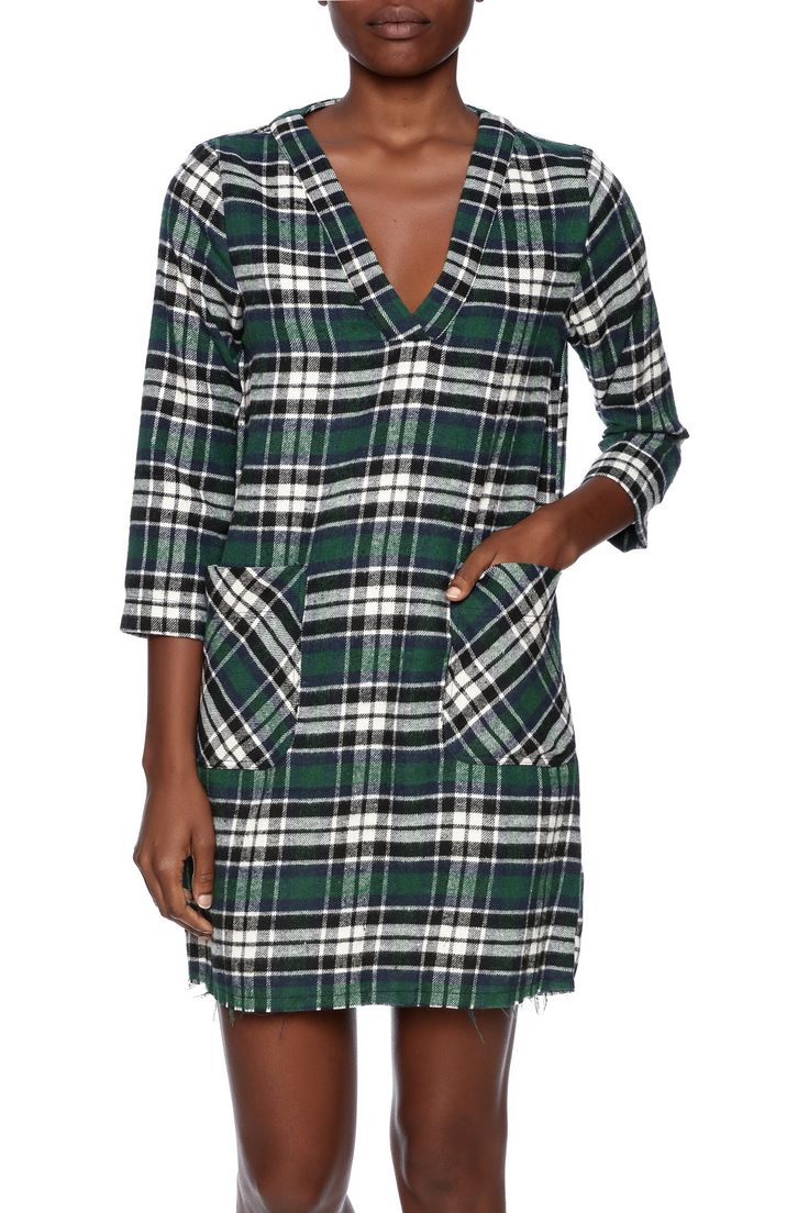 Warm flannel tunic in navy and green, with pockets, v-neck, and three-quarter sleeves.   Fall Flannel Tunic by Glam. Clothing - Dresses - Printed Florida