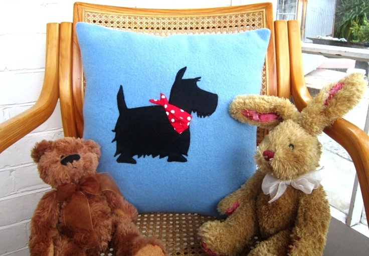 Scottie cushion, for lady who ordered one. From recycled wool.https://www.facebook.com/MyStitchyHugs