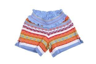 Short para niña con cintura elastizada y tejido en varios colores.
