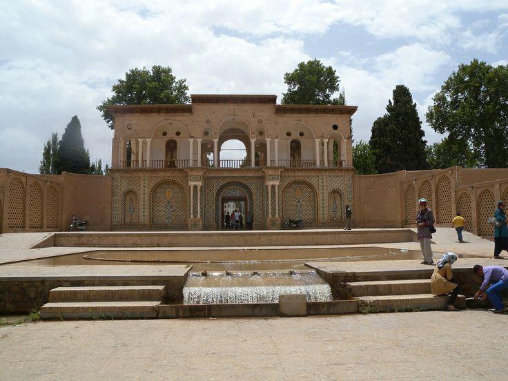 Iran | The Persian Garden - Bagh-e Shahzadeh, UNESCO WHS. credit: Maite Elorza view on Fb https://www.facebook.com/SinbadsIranPocketGuide  #iran #Persia  #MyIran #TraveltoIran #travel #worldheritage