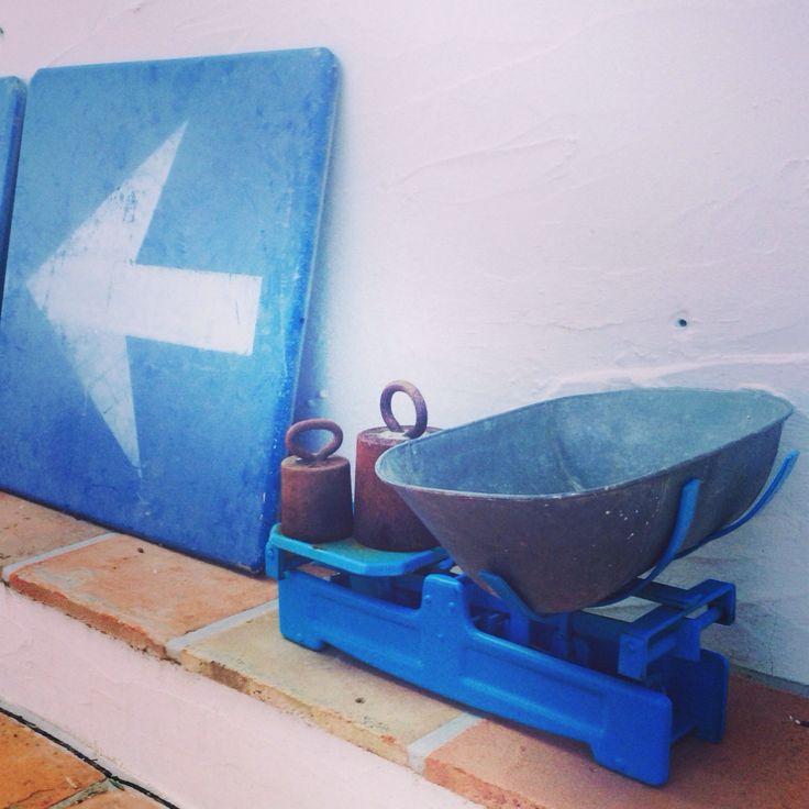 Wij gaan naar links...het terras bij kamer Azul #blauw