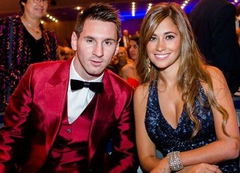 Lionel Messi and his beautiful wife Antonella Roccuzzo are expecting third child together http://ift.tt/2w3Am4E