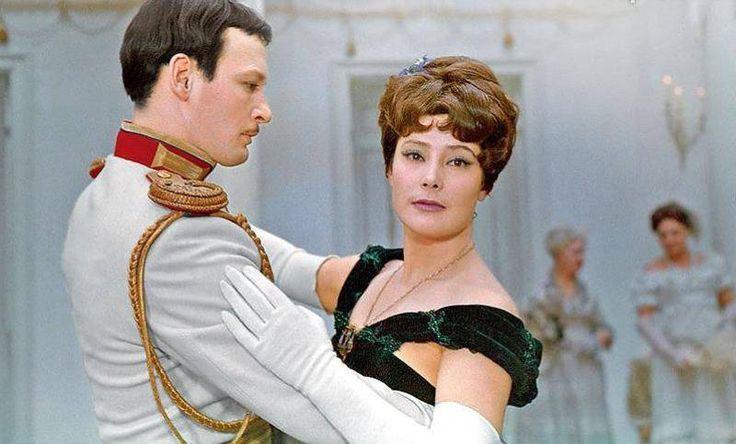 Татьяна Самойлова и Василий Лановой в фильме «Анна Каренина». 1967 г